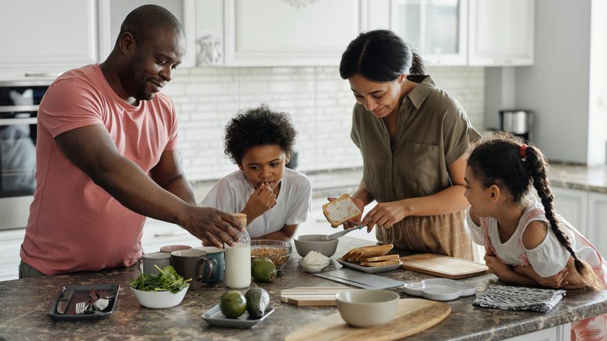 Cinco ejemplos de desayunos saludables para tus hijos
