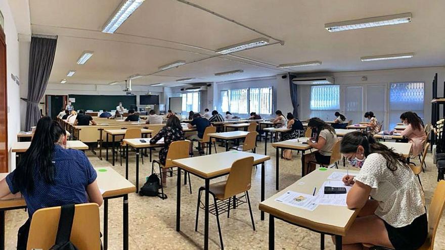 UGT advierte del riesgo de la falta de medidas para la vuelta a las aulas ante la ola de frío y el COVID