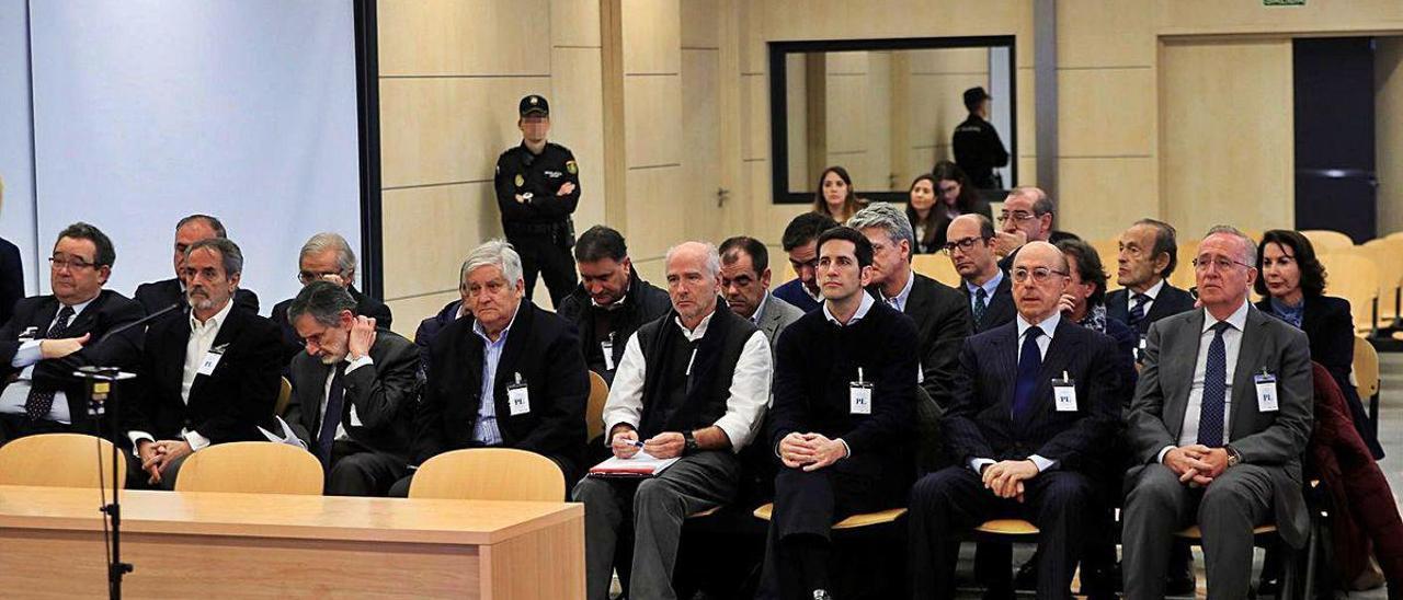 El banquillo de los acusados, en la primera sesión del juicio en San Fernando de Henares.