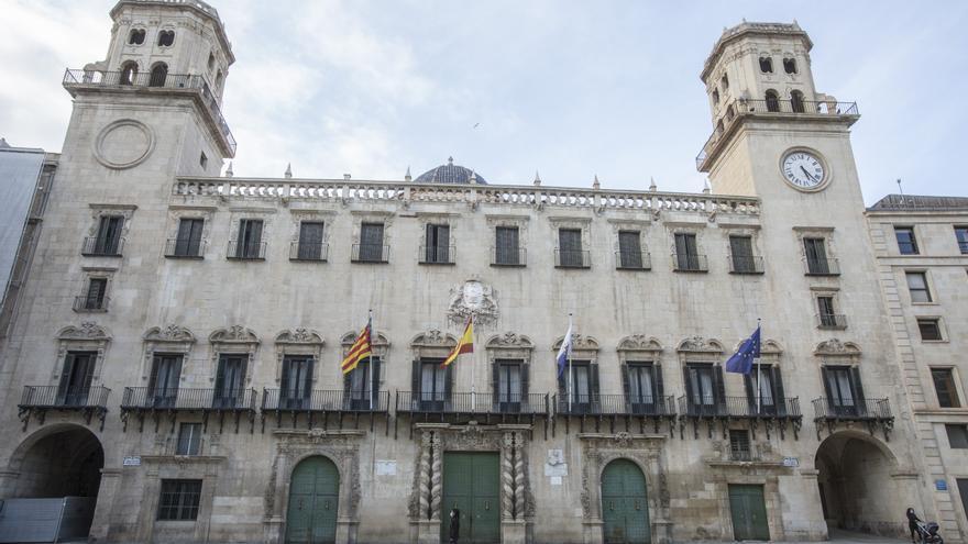 El Ayuntamiento lanza una nueva oferta pública de 60 plazas tras el aval de los juzgados a las anteriores oposiciones