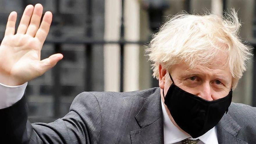 El número de mòbil de Boris Johnson circula per internet des de fa 15 anys