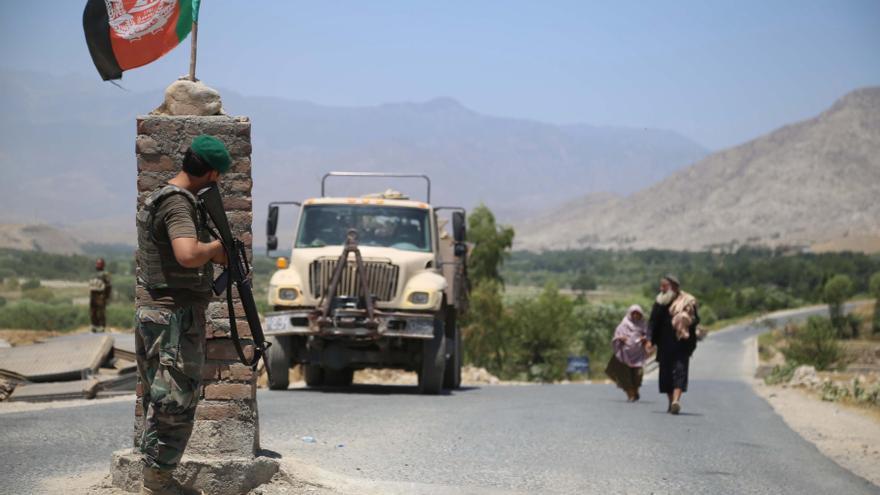 Reino Unido anuncia la retirada de sus tropas en Afganistán