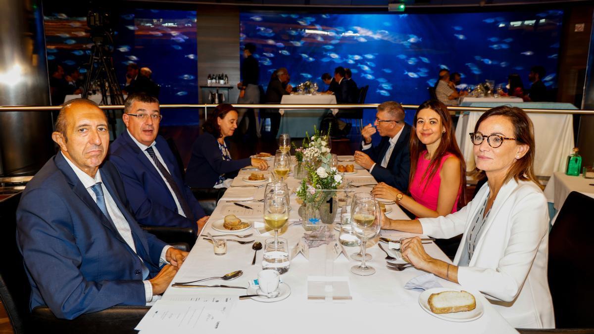 CEV y Levante-EMV reúnen a empresarios y políticos para escuchar a la vicepresidenta Nadia Calviño