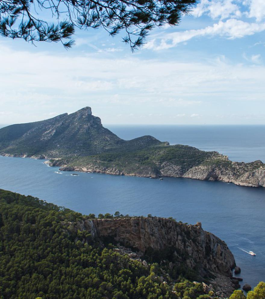 Las islas más recónditas e increíbles de España