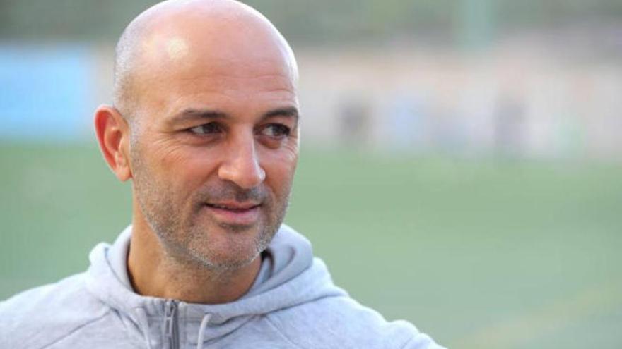 El Tamaraceite anuncia la renovación del entrenador Chus Trujillo