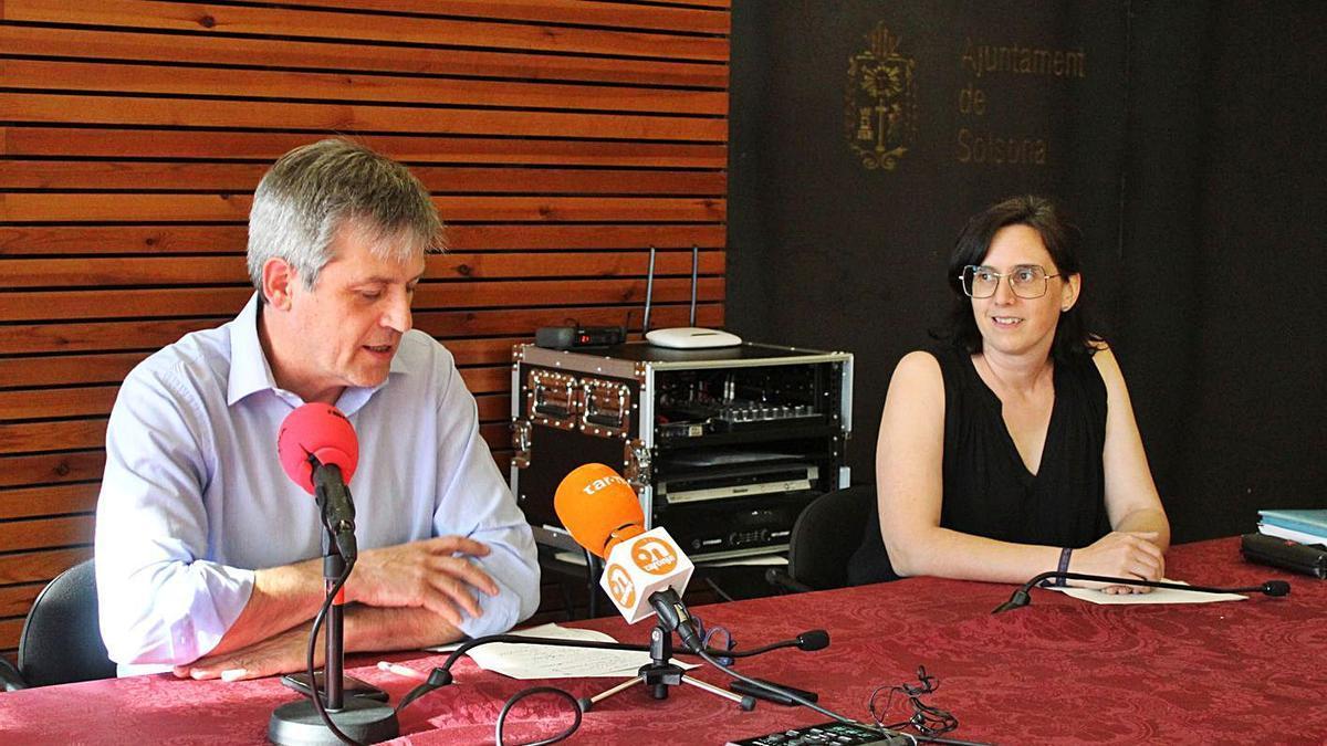 David Rodríguez i Judit Gisbert en la roda de premsa de dilluns a l'ajuntament de Solsona   ARNAU VALVERDE