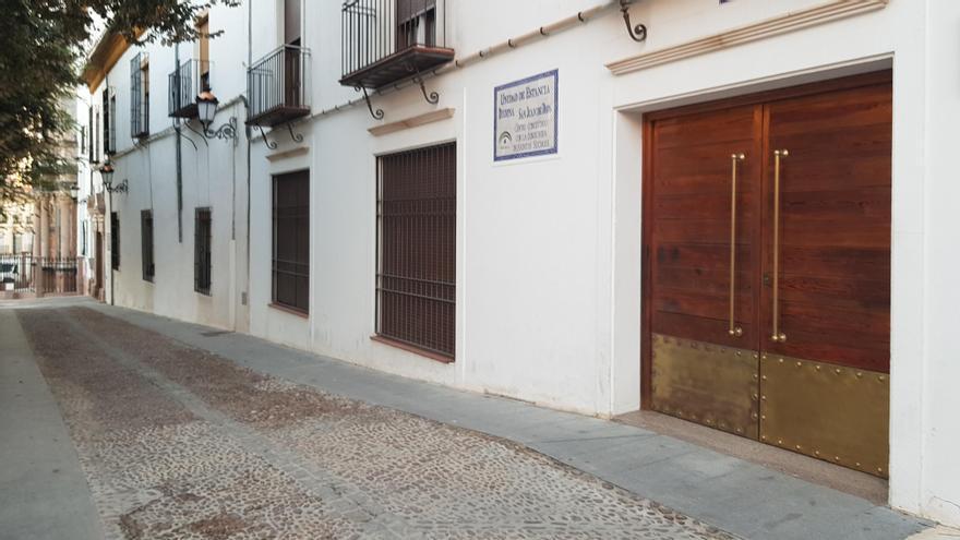 Un brote de 11 positivos obliga a clausurar el Centro de Día de la Fundación San Juan de Dios de Lucena