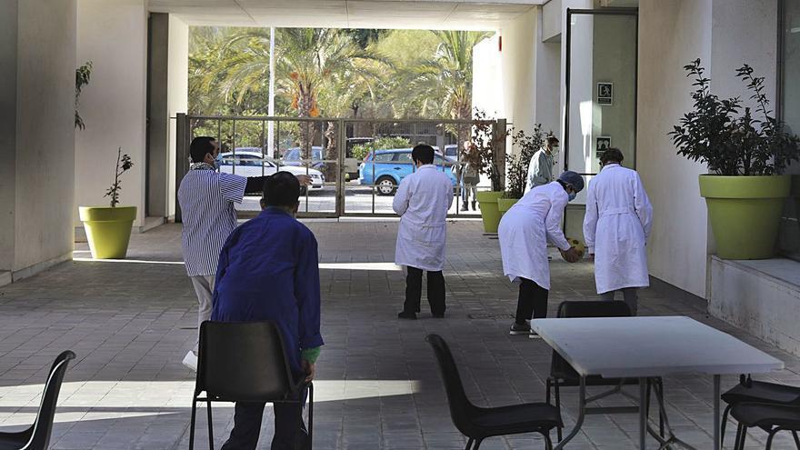 Derechos Sociales y Consell anuncian una alternativa al cierre del centro de Jubalcoy