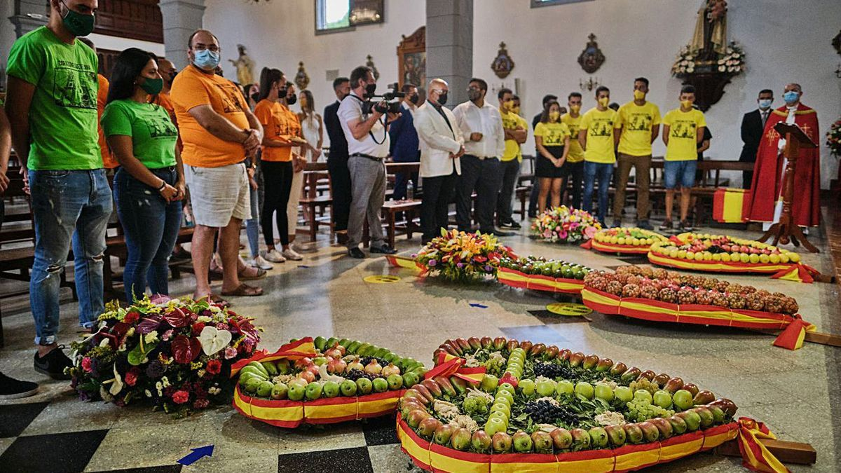 La ofrenda de los Corazones de Tejina de 2020. | | ANDRÉS GUTIÉRREZ