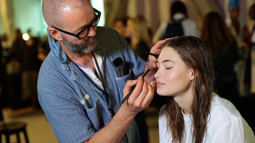 Contratar a un maquillador en la era COVID