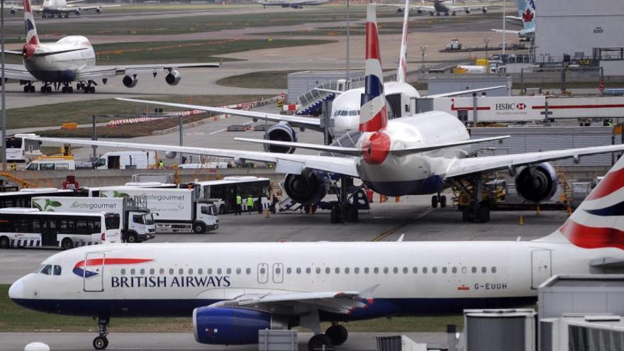 Una caiguda del sistema informàtic de British Airways causa retards a nivell mundial