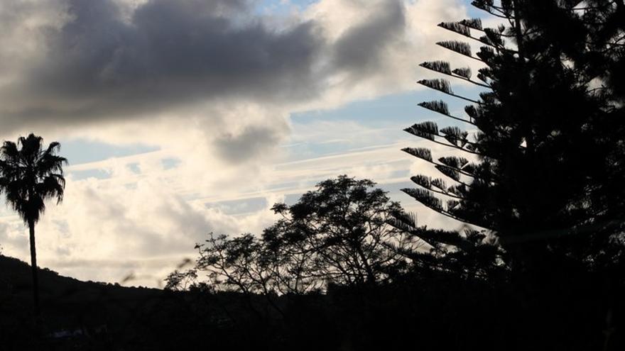 Domingo con nubes y probabilidad de lluvias en Canarias