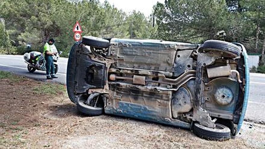 La víctima de un accidente explica que su coche fue golpeado por una furgoneta