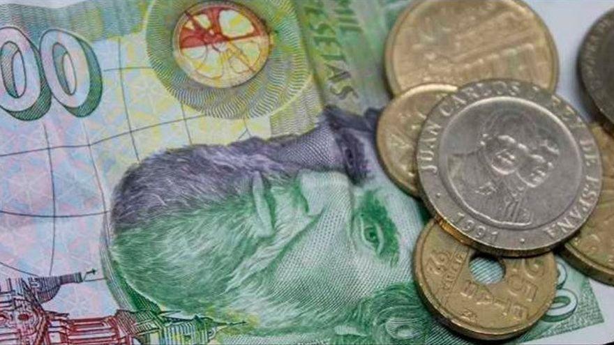 Manos Unidas Zamora recoge billetes y monedas de las antiguas pesetas