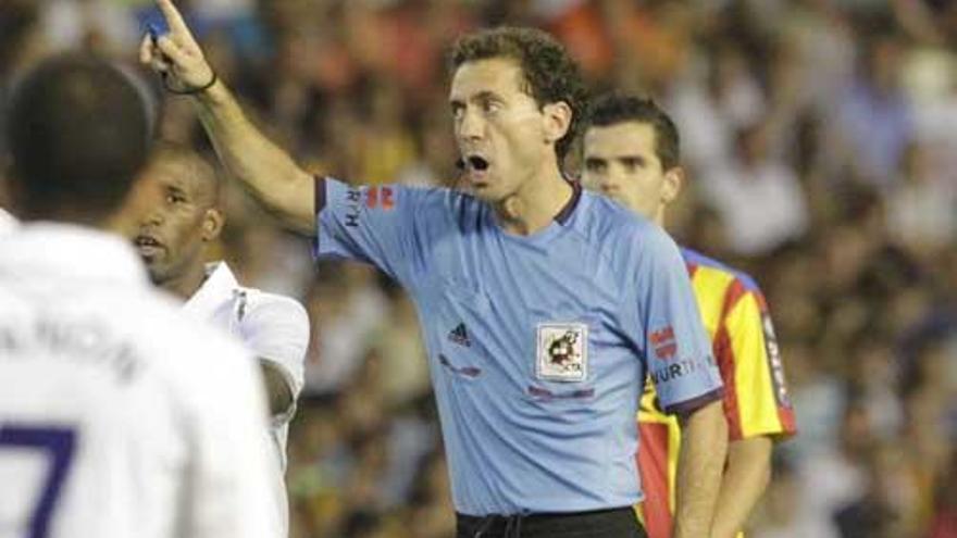 El árbitro Ayza Gámez es uno de los liberados de la concertada que cobraba sin dar clase