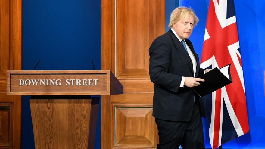 """Boris Johnson, atacado por sus propios asesores: """"Antepone sus intereses a la vida de los ciudadanos"""""""