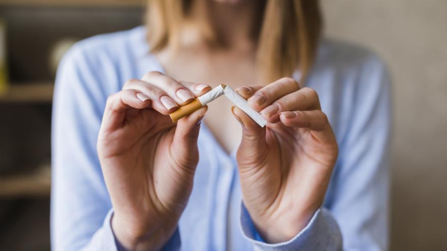 ¿Qué le pasa a tus pulmones si dejas de fumar?