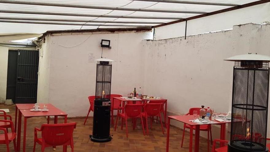 Detectada una fiesta en un local de intercambio de parejas en Zaragoza