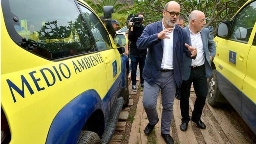 Morales aborda con Podemos el futuro del pacto en el Cabildo de Gran Canaria