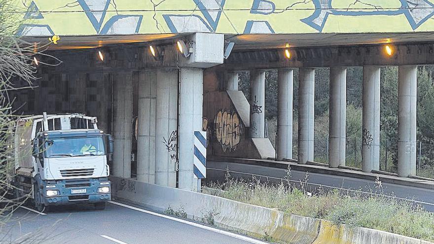Carreteras pintarrajeadas en Calvià
