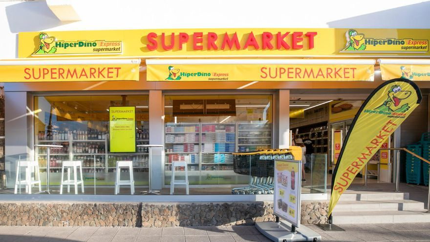 Hiperdino reabre un tercio de sus tiendas en zonas turísticas