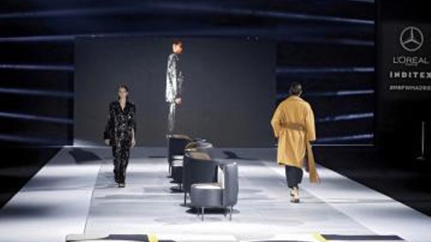 La cerámica de Gayafores recubre la pasarela de la  Mercedes Benz Fashion Week