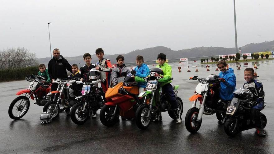El motociclismo crea Escuela en Langreo