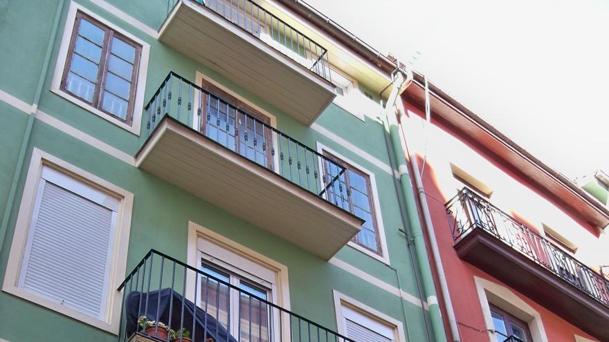 La compraventa de viviendas en Canarias se dispara un 176,9% en mayo