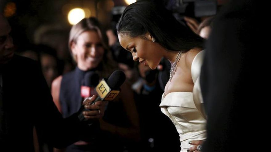 Rihanna, espectacular en la Gala Diamond Ball