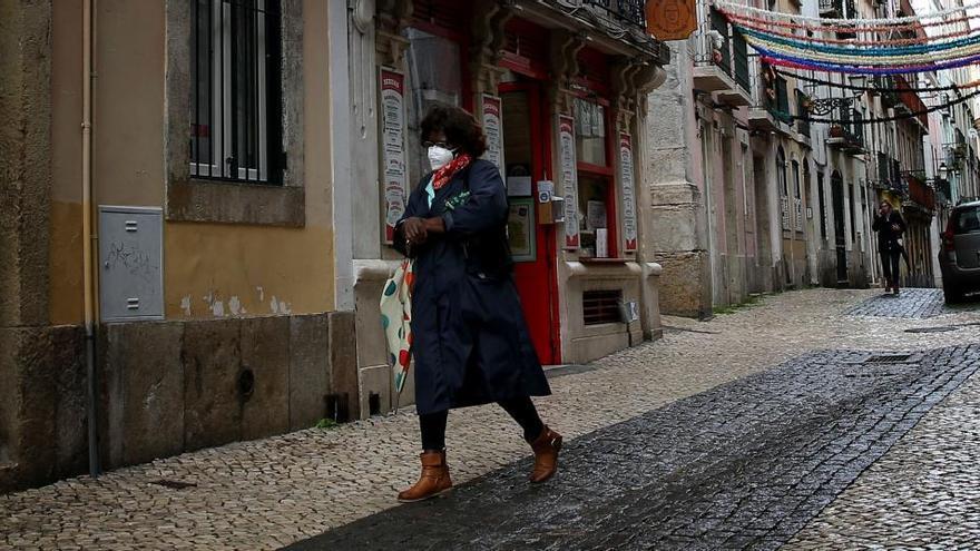 Portugal registra por quinto día consecutivo nuevo récord de muertes por Covid-19