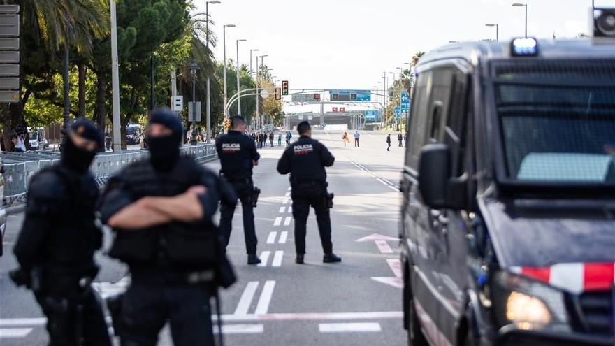 Los Mossos activan la máxima alerta por disturbios ante la posible inhabilitación de Torra