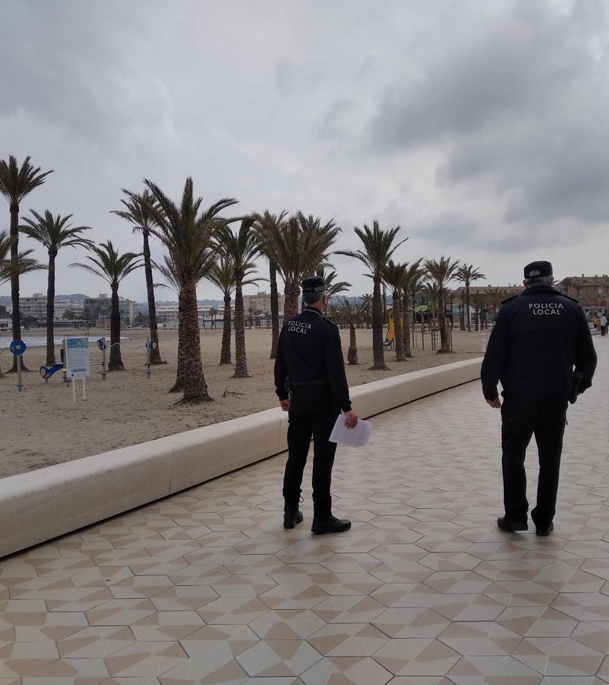 Los bares y restaurantes de la playa de Xàbia cumplen