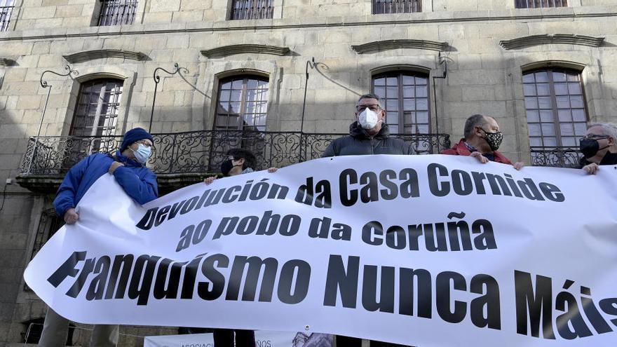 """Reclaman la recuperación de la Casa Cornide para continuar """"la batalla de Meirás"""""""