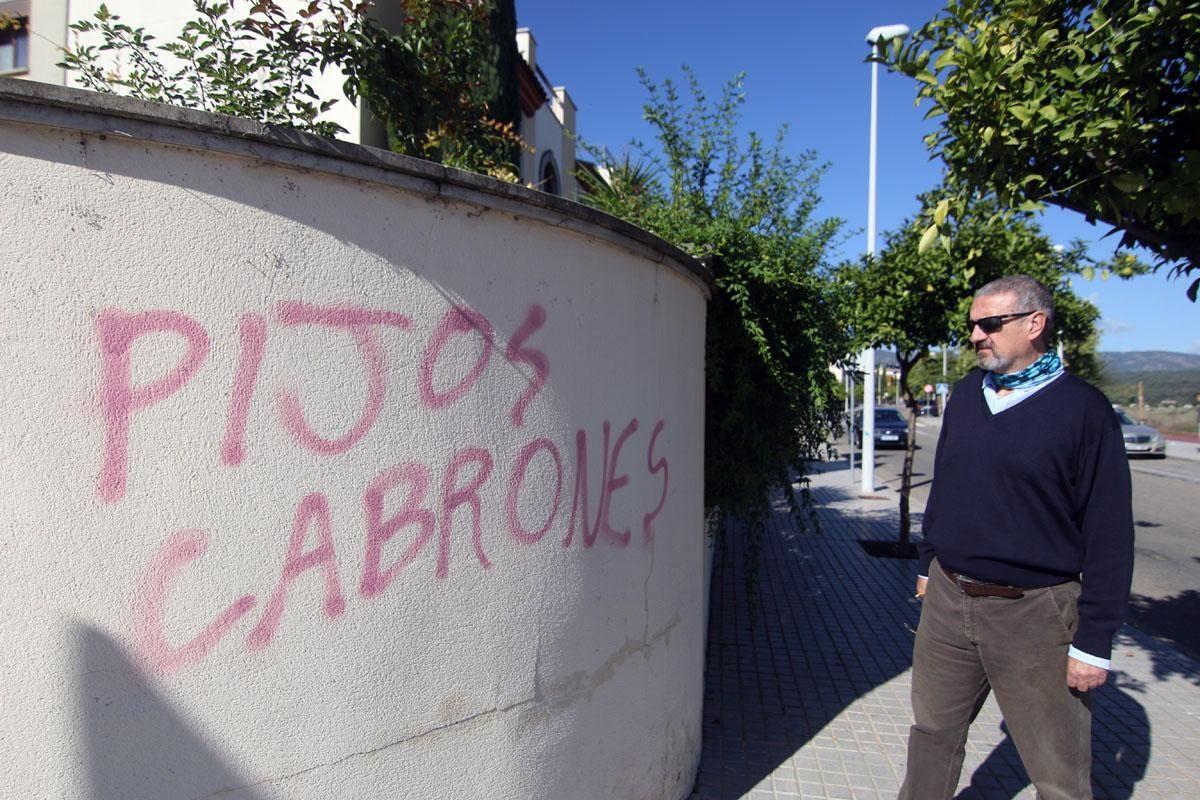 Pintadas en el barrio de Mirabueno