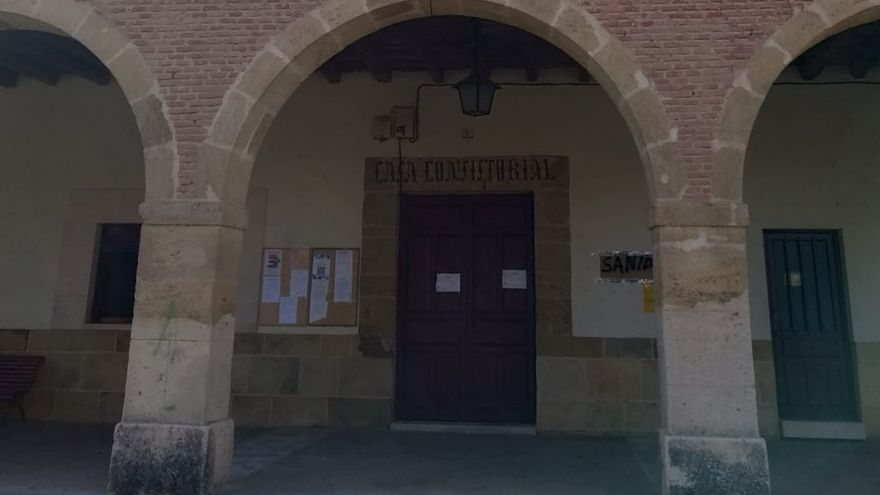 Ciudadanos rechaza el arreglo de la fachada del consistorio de Villanueva del Campo