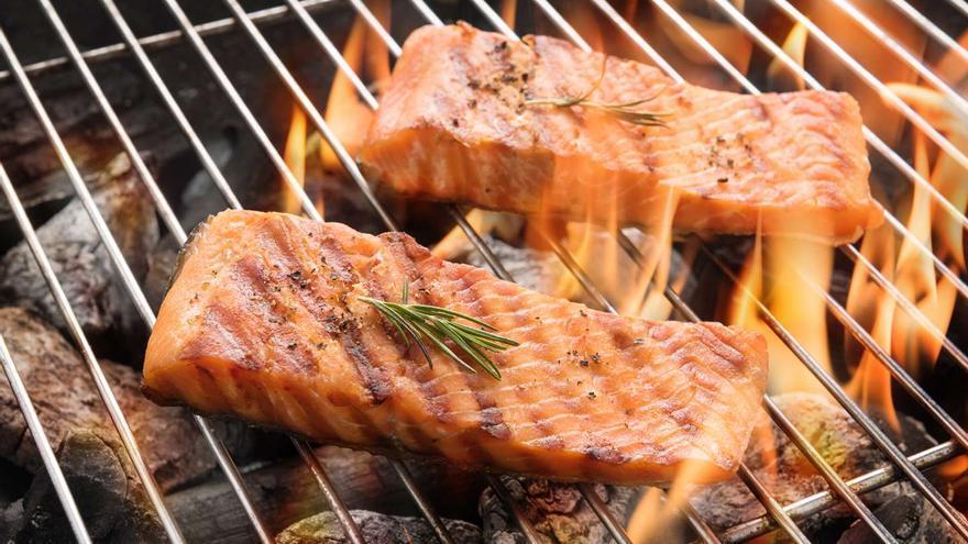 Barbacoa perfecta i saludable amb salmó noruec