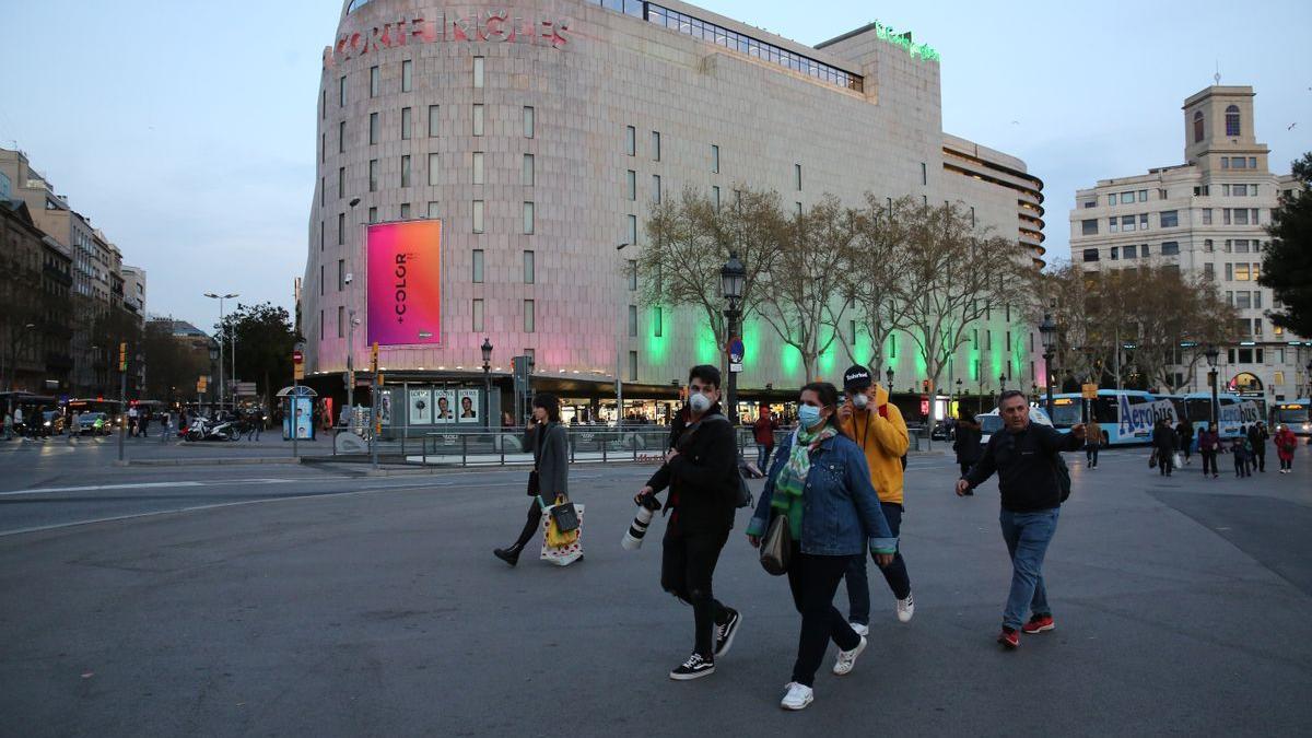 Fachada de El Corte Inglés de la plaza de Cataluña de Barcelona