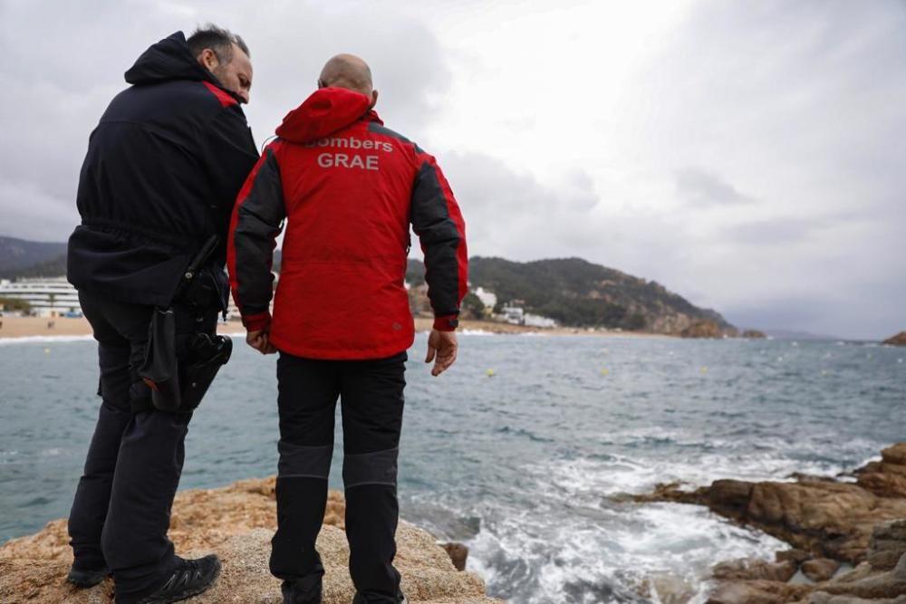 Recerca d'un pescador desaparegut a Tossa.