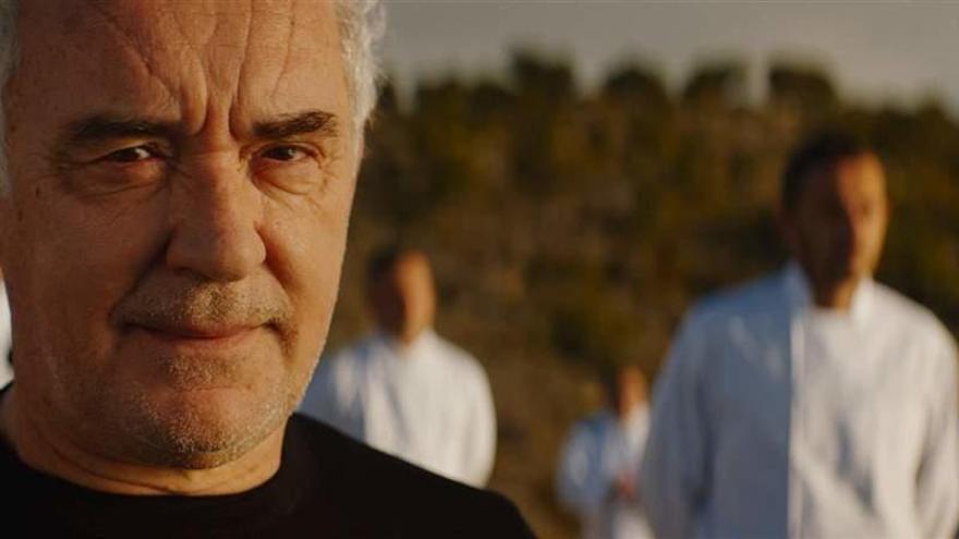 Ferran i Albert Adrià, Paco Pérez, Joan Roca i 38 més, al nou anunci d'Estrella Damm