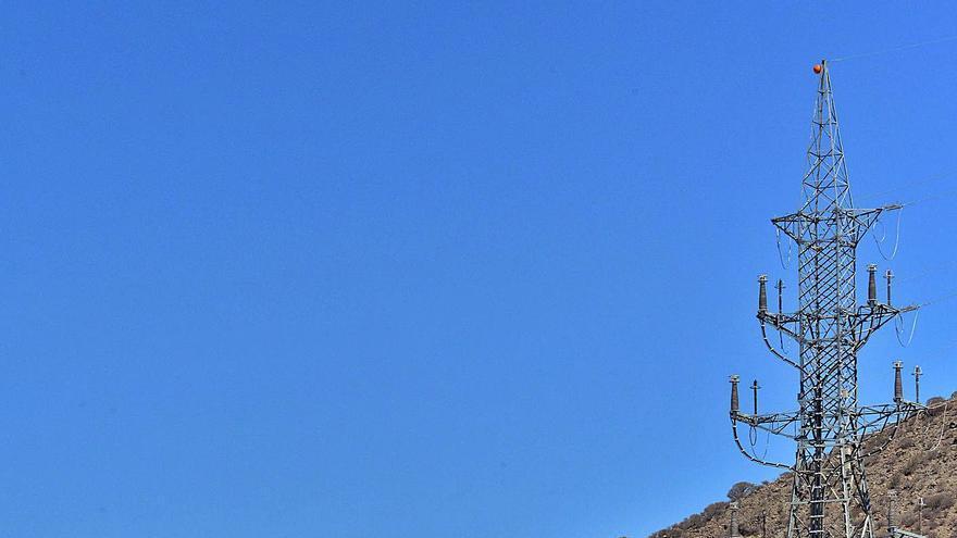 El Gobierno autoriza el refuerzo de la linea eléctrica Arguineguín-Santa Águeda
