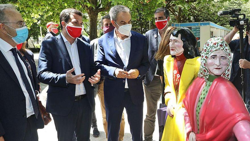 """Zapatero pide movilizarse como en el Nunca Máis ante las """"elecciones más importantes"""" de Galicia"""