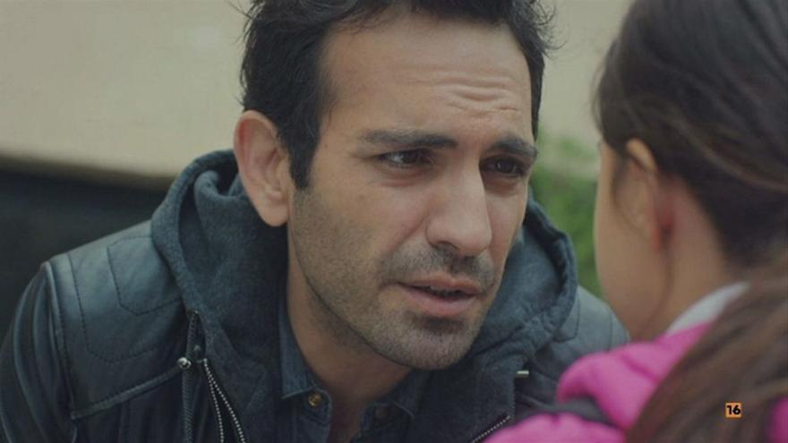 Demir, totalmente desolado tras perder la custodia de Öykü en 'Mi hija'