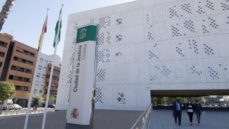 La Fiscalía abre diligencias por los contratos de Infraestructuras