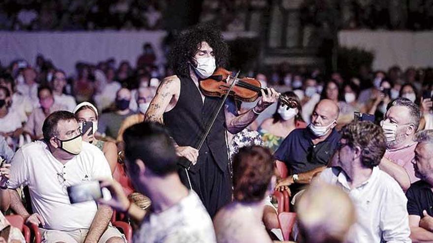Ara Malikian da la bienvenida a los conciertos de Port Adriano 2020
