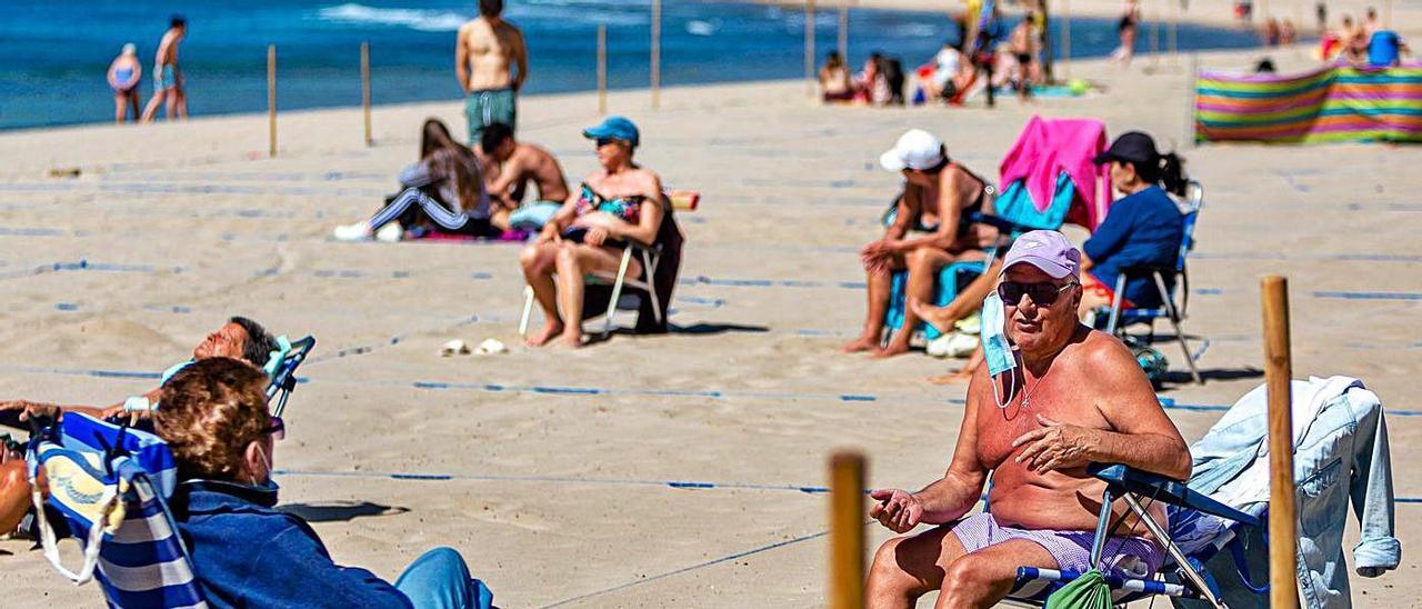 Las playas de Benidorm están preparadas desde marzo para recibir a los turistas con seguridad.