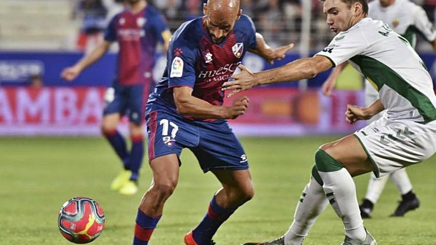 Tres victorias, tres tablas y dos derrotas en los Huesca-Elche