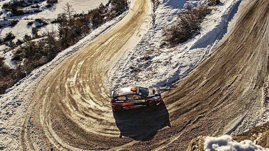 El asturiano Daniel Alonso progresa en el Rally de Montecarlo