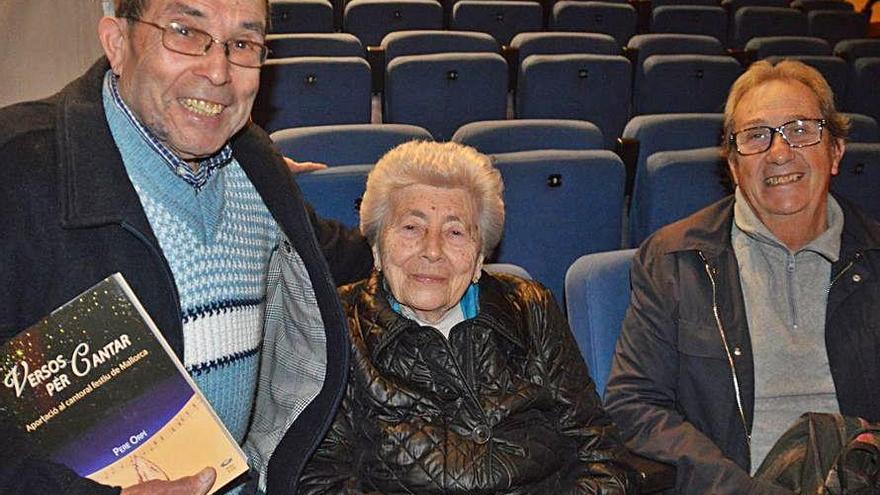 Pere Orpí presenta en Capdepera su gran aportación  al cantoral festivo