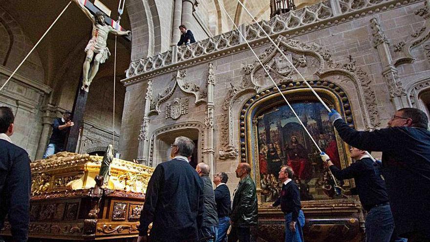 Semana Santa Zamora   La Cofradía del Silencio bajará el Cristo de las Injurias para el Triduo