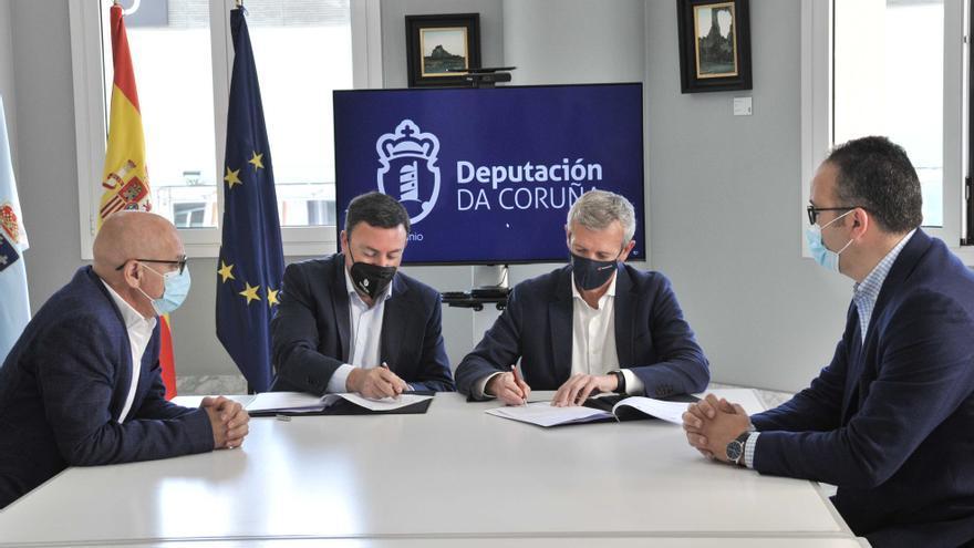 La Diputación de A Coruña aporta 300.000 euros al Bono Turístico de la Xunta